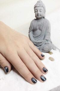 Finger nach der Maniküre