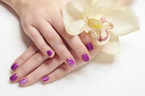 Maniküre - für gepflegte Hände und Nägel